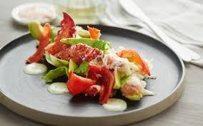 cuisine homard salade de homard à la tomate confite et coriandre cuisine et