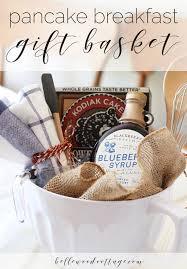 bridal shower gift baskets best 25 bridal gift baskets ideas on bachelorette