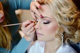 make up artist school makeup artist bridal season etiquette online makeup artist