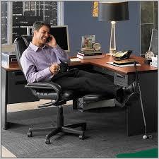 foot elevation under desk awesome footrest for office desk desk ideas regarding footstool for