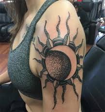 best 30 shoulder tattoos design idea for girls tattoos art ideas