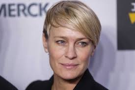 house of cards robin wright hairstyle house of cards actress robin wright says she had to fight for
