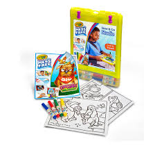 color wonder stow and go travel studio crayola