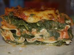 cuisiner le saumon fumé recette lasagnes saumon fumé et épinards cuisinez lasagnes saumon