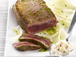 cuisiner viande à fondue recette pavés de boeuf maître d hôtel à la fondue de fenouil et