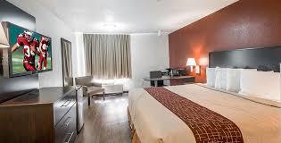 hotels with 2 bedroom suites in savannah ga red roof inn suites savannah airport discount hotel