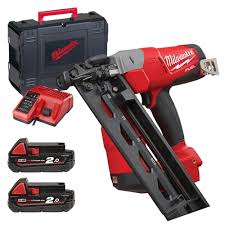 milwaukee m18 cn16ga 202x milwaukee m18 fuel 16 ga angled finish