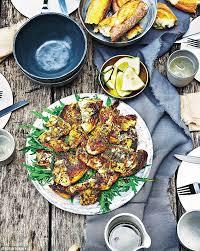 gwyneth paltrow recettes de cuisine gwyneth paltrow s it s all easy zuni sheet pan chicken daily mail