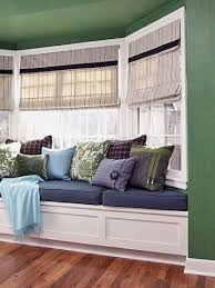Bay Window Seat Kitchen Table by 111 Best Sitting Under The Window Images On Pinterest Window