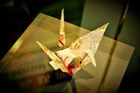 file barack obama folded paper crane hiroshima peace memorial