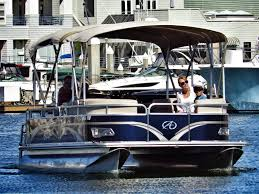 Pontoon Boat Design Ideas by Our Pontoon Boat With A Marine Bathroom Pontoon Boat Rentals