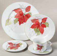 classic china patterns the poinsettia pattern by block china is a modern holiday classic