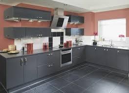 cuisine couleurs cuisine gris anthracite 56 idaes pour une cuisine chic et nouveau