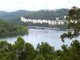 table rock lake vacation rentals vrbo com 16673 fabulous table rock lake condo secluded mountain