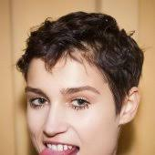 quelle coupe pour cheveux ã pais cheveux épais quelle coupe adopter cosmopolitan fr