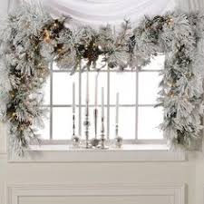 white garland 2014 raz christmas decorating ideas spray painting garlands and swag