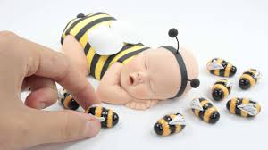 bumble bee cake toppers bumble bee cake topper by lil sculpture
