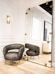 Mirror Decor In Living Room by Best 25 Leaning Mirror Ideas On Pinterest Floor Mirror Floor