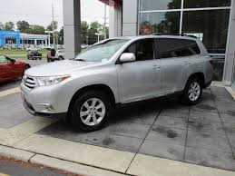 toyota highlander 2012 used 2012 used toyota highlander 4wd 4dr v6 se at gateway toyota