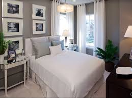 art deco master bedroom with pendant light u0026 carpet zillow digs