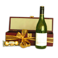 wine delivery gift international gift delivery to madeira send 391 gifts to madeira