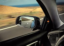 Blind Spot Mirror Where To Put 10 Ways To Avoid A Car Crash Consumer Reports