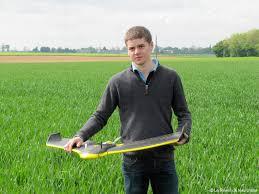 chambre d agriculture de picardie un drone pour mieux doser l engrais sur les parcelles de blé et