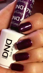 queen of grape gel polish by daisy dnd beauty nails