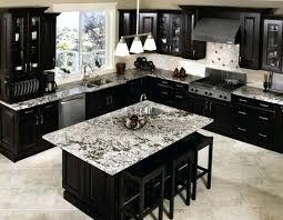 cuisine marbre noir marbre de cuisine plan de travail cuisine marbre noir