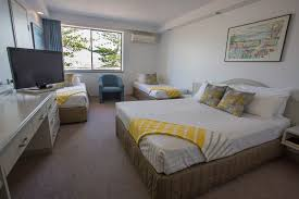 Accommodation Newcastle Newcastle Beach Hotel Home - Hotel rooms for large families