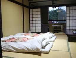 chambre japonaise quand les japonais découvrent la chambre de leur partenaire