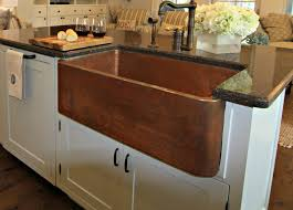copper kitchen sink with farmhouse style for classy kitchen look