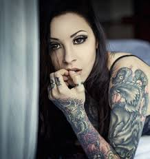 tattoo girl dating site 8 reasons to date a person with tattoos
