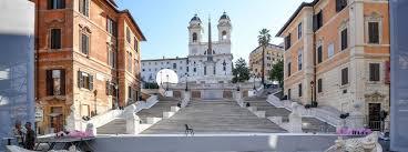 spanische treppe in rom spanische treppe nach restaurierung wieder eröffnet tourist in rom