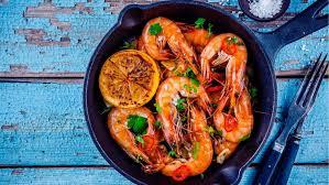 comment cuisiner les crevettes congel馥s le top des recettes aux crevettes magicmaman com