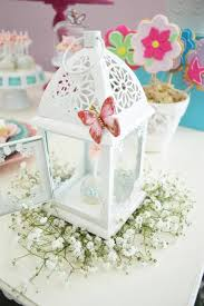 butterfly themed baby shower favors best 25 butterfly baby shower ideas on butterfly