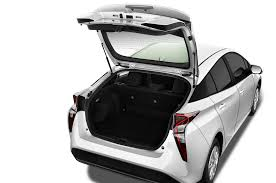 toyota car models 2016 2016 toyota prius reviews and rating motor trend