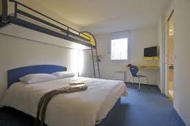 chambre hotel ibis chambres d hotel prix budget à concarneau bretagne sud hotel