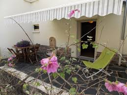 two rooms in house quiet coquettes executive accommodation