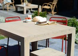 table carree salon de jardin bois picnic emejing en carre