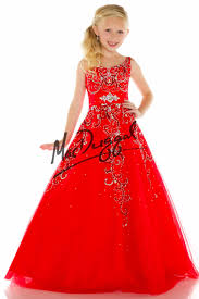 little girls christmas and holiday gowns everythingformals com