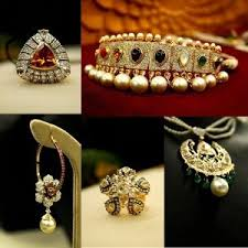 tanishq gold jewellery voucher rs 2000 in gift