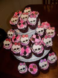 monster high decorations cakes filled with skull heads decorating