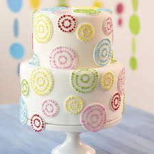 dots in circles tiered cake wilton