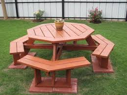 Diy Small Round Wood Park Picnic Table With Detached Octagon Bench by Best 25 Octagon Picnic Table Ideas On Pinterest Octagon Picnic