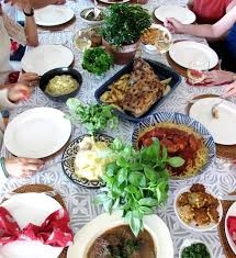 what do you for thanksgiving dinner 7 tips to hosting a successful thanksgiving dinner at your home