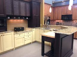 Kitchen Cabinet Clearance Sale Kitchen Cabinets Showroom Kitchen Cabinet Displays For Sale