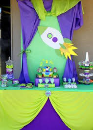 Buzz Lightyear Centerpieces by Toy Story Buzz U0026 Woody Birthday Party Ideas Toys Toy Story And