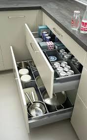 meuble cuisine tiroir coulissant amenagement meuble cuisine amenagement sous evier porte accessoires