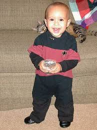 Tootin Bathtub Baby Cousins Funny Free Pics Babies Wearing Star Wars And Star Trek Costumes